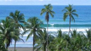 El Almejal playa en el pacifico colombiano