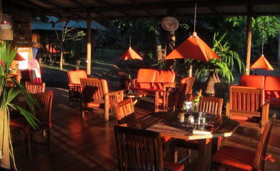 EL ALMEJAL HOTEL EN BAHIA SOLANO PACÍFICO COLOMBIANO