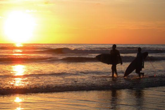HOTEL EL ALMEJAL ecoaventuras surf playa el almejal