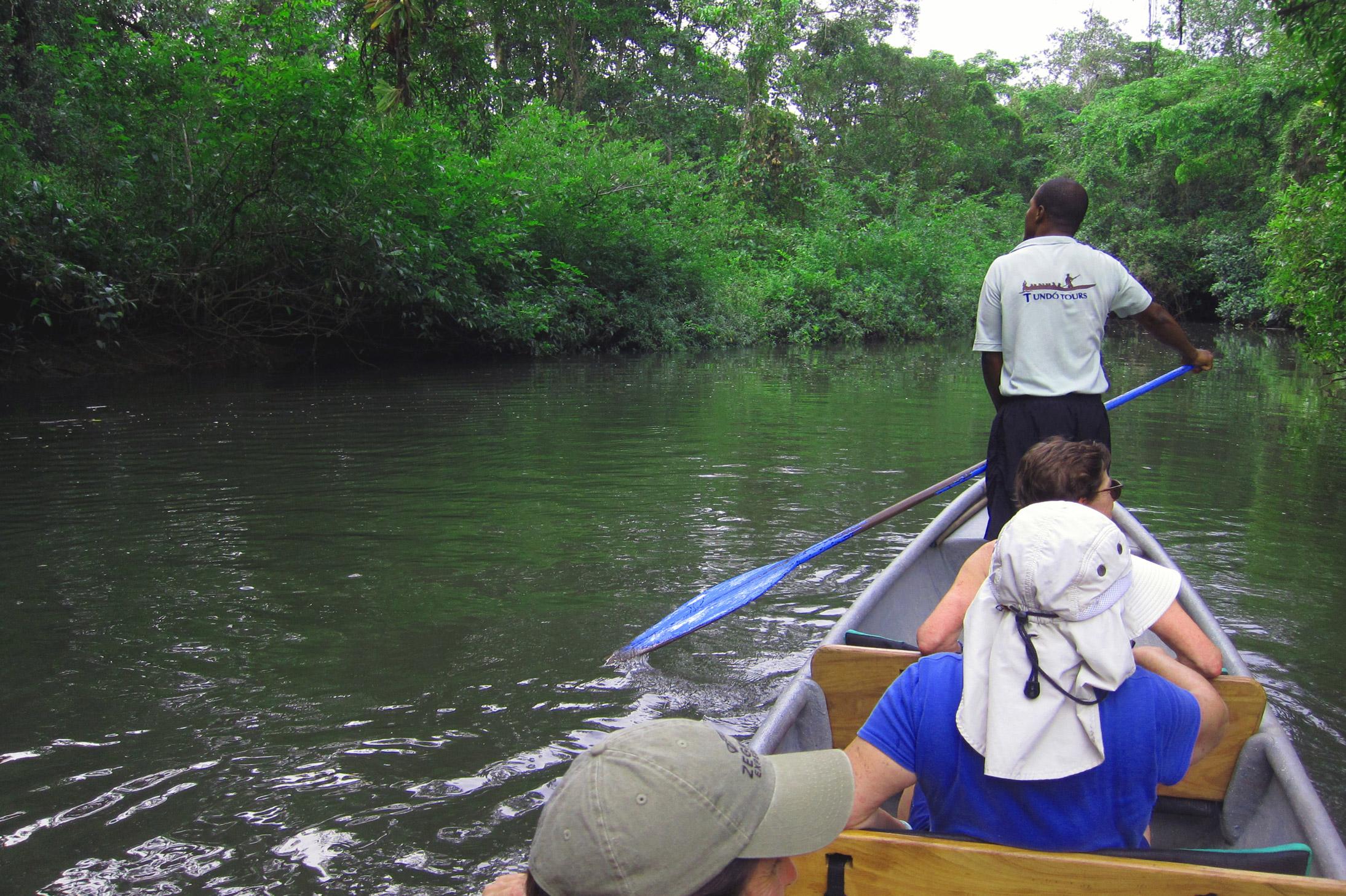 experiencias_tour-en-canoa-por-rio-tundo